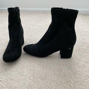 Unisa Black Booties